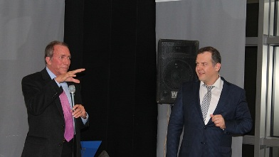 Ο διάσημος Αμερικανός πλαστικός Δρ. Paul Malcolm  με τον διαπρεπή Ελληνα πλαστικό Δρ Αθανάσιο Αθανασίου